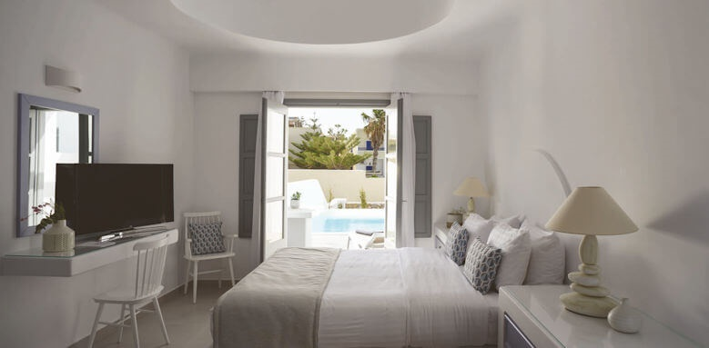 Antoperla, superior double room with pool