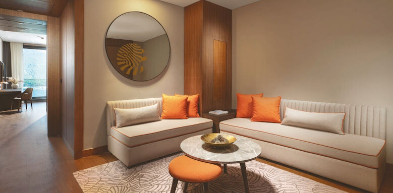 Lujo Hotel, family corner suite