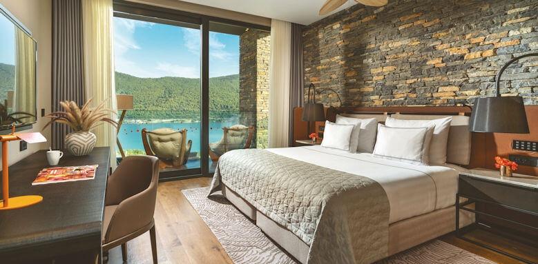 Lujo Hotel, family corner suite sea view