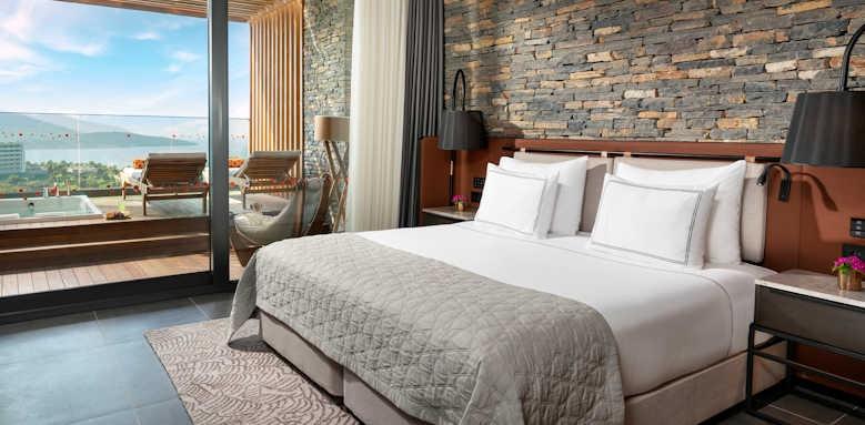 Lujo Hotel, Family Corner terrace suite