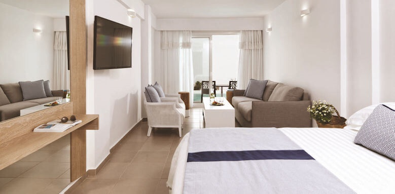 Aressana Spa Hotel & Suites, junior suite