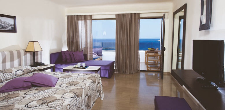 Minos Palace, suite upper deck sea view