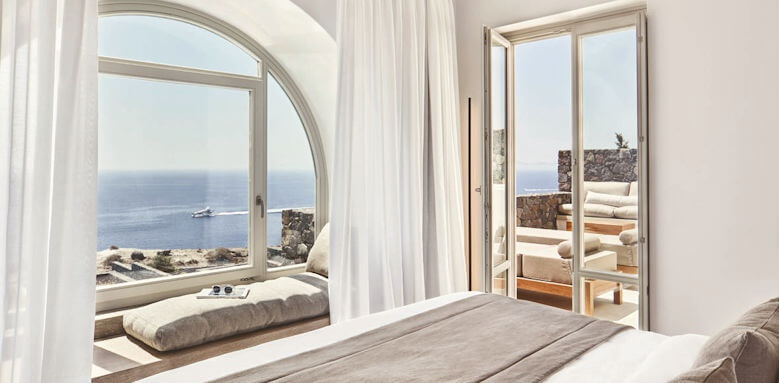 Canaves Oia Epitome, honeymoon suite