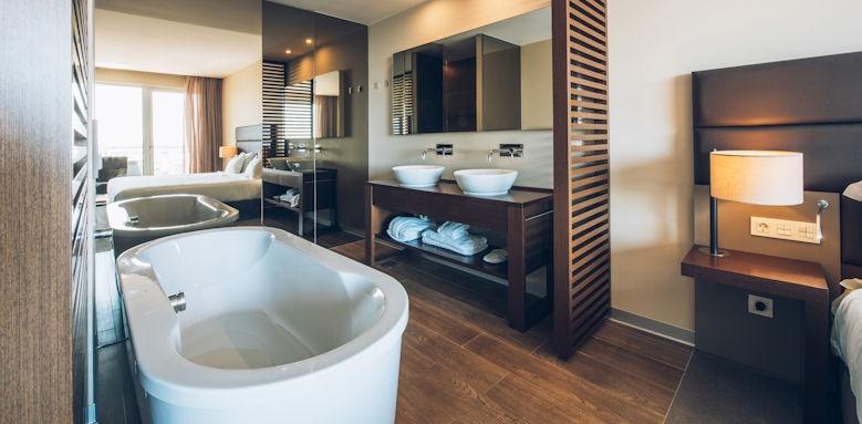 Iberostar Selection Lagos Algarve, Double Room with Sea View
