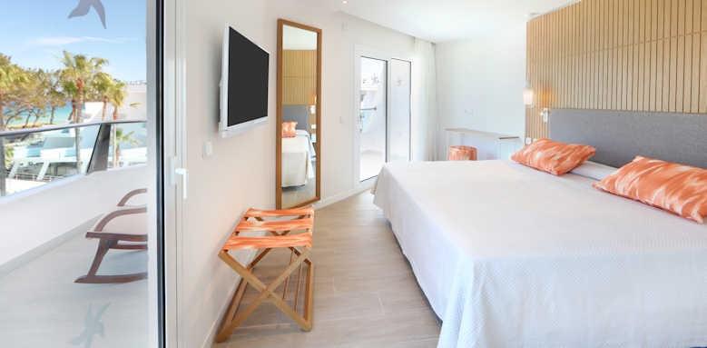 Iberostar Playa De Muro, junior suite side sea view