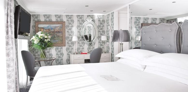 River Empress, suite