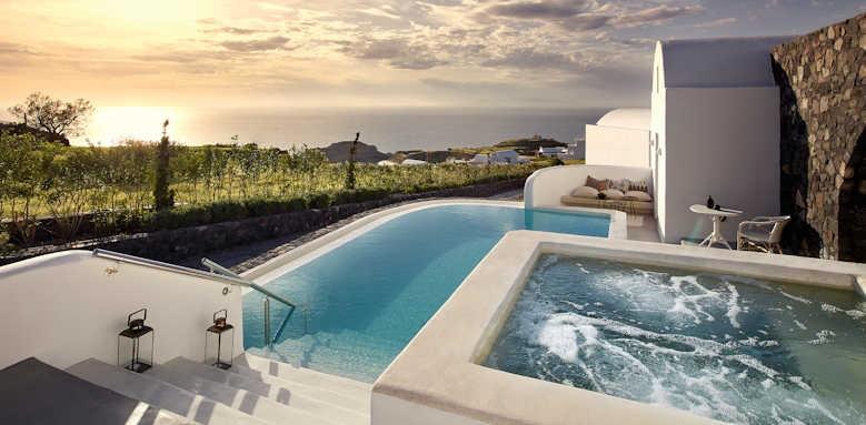 Santo Maris Oia Luxury Suites and Spa, royal suite