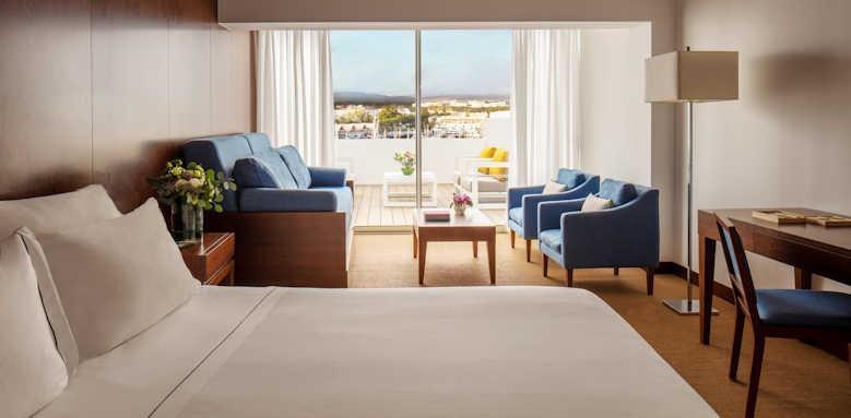 Tivoli Marina Vilamoura, family room with marina view
