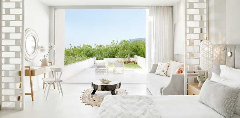 Ikos Aria, Deluxe Junior Suite Private Garden