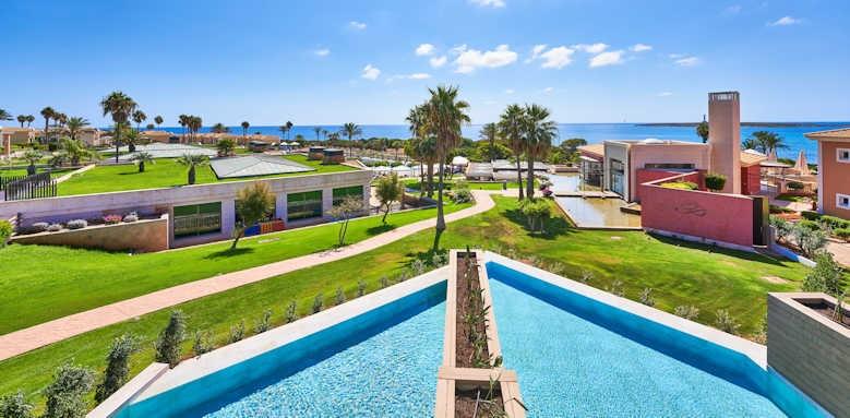 Insotel Punta Prima Prestige, private pool suite