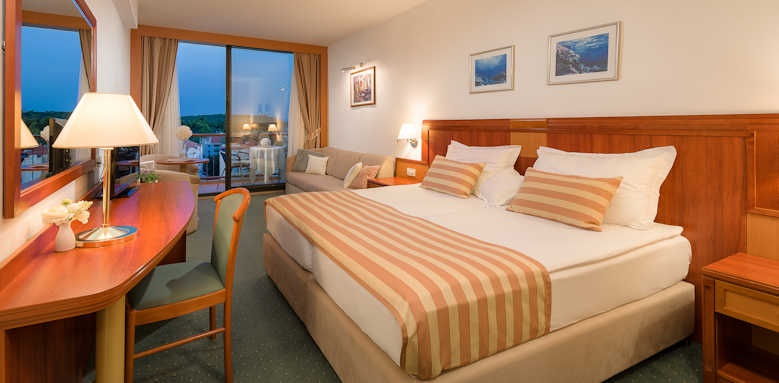 Valamar Meteor, superior room with side sea view