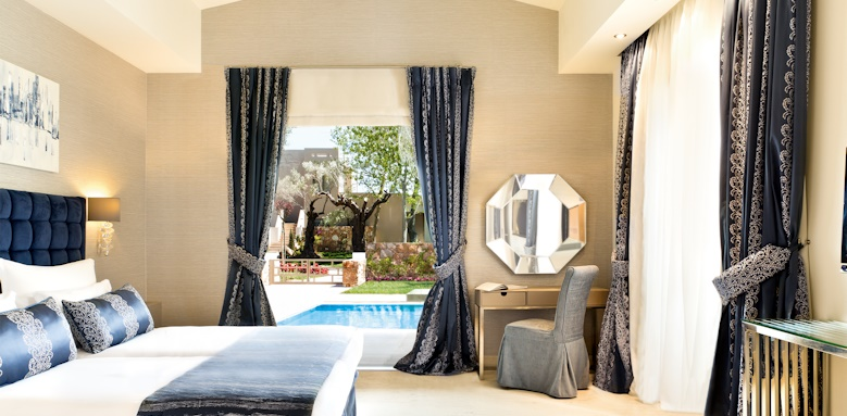 Family Suite with private pool