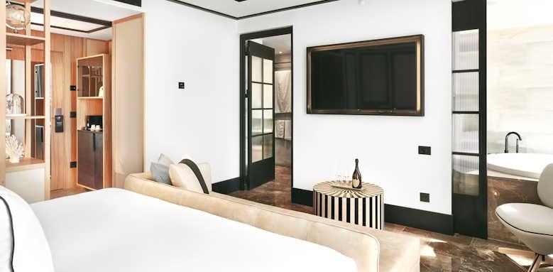 Bless Hotel Ibiza, studio suite