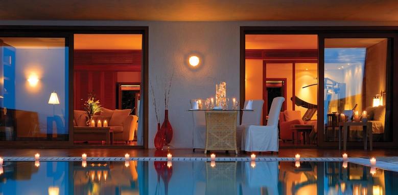 Grand Resort Lagonissi, governor suite