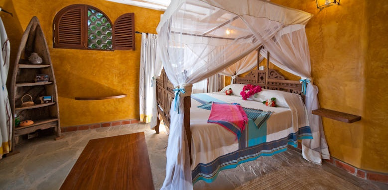 Waterlovers Beach Resort, cottage interior