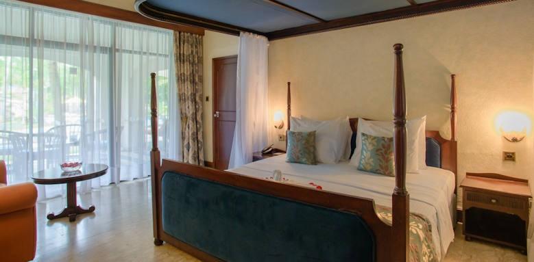 Sarova Whitesands, presidential suite