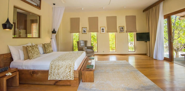 Zanzibar white sand luxury villas, deluxe with shared pool