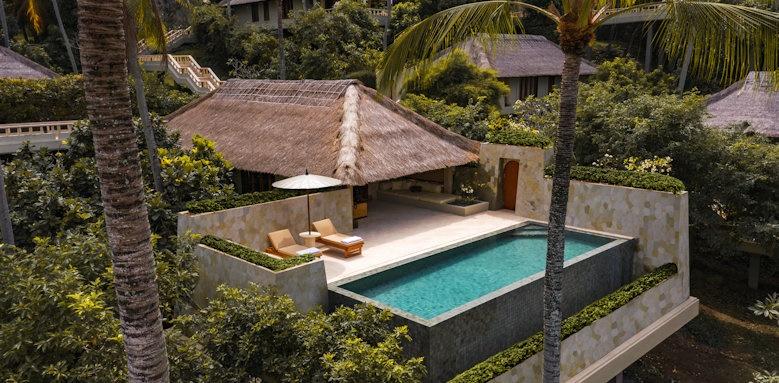 Amankila, infinity pool suite