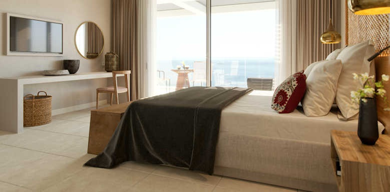 Marbella Elix Hotel, deluxe swim up with sea view