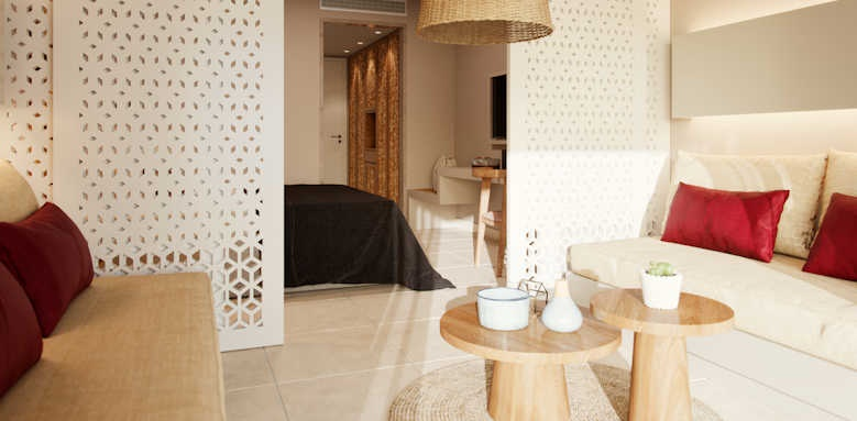 Marbella Elix Hotel, Family interconnecting room with sea view