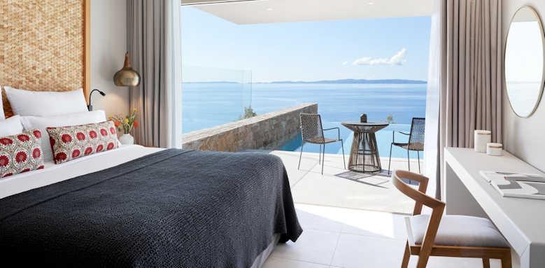 Marbella Elix Hotel, family suite swim up