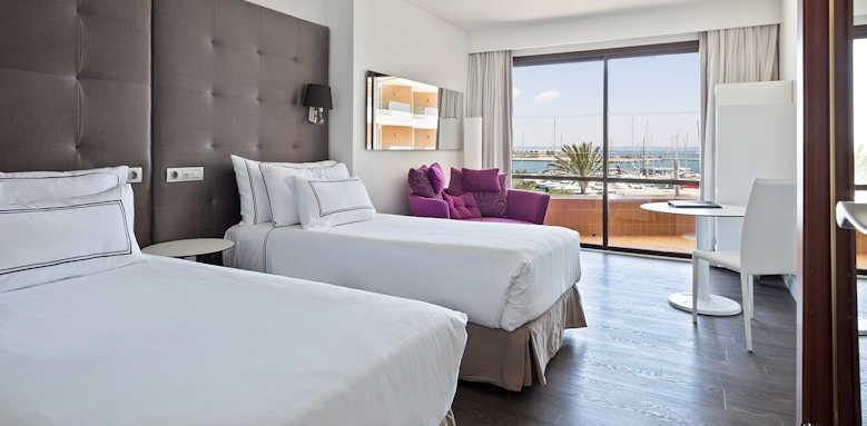 Palma Marina, Premium sea and cathedral room