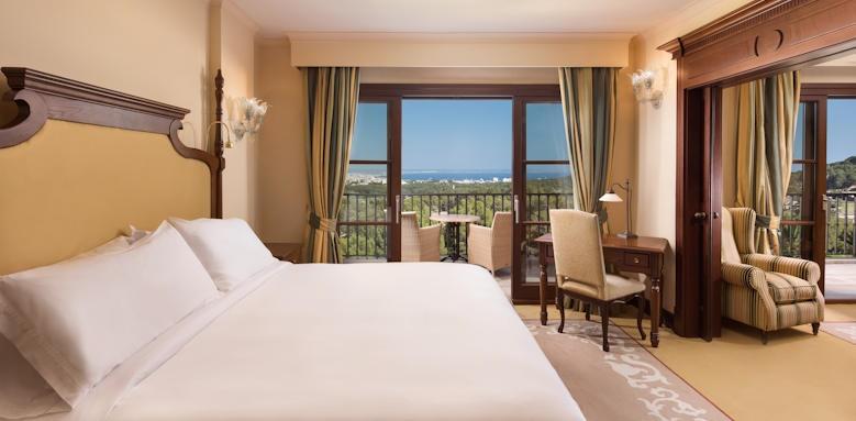 Castillo Hotel Son Vida, Deluxe Suite Image