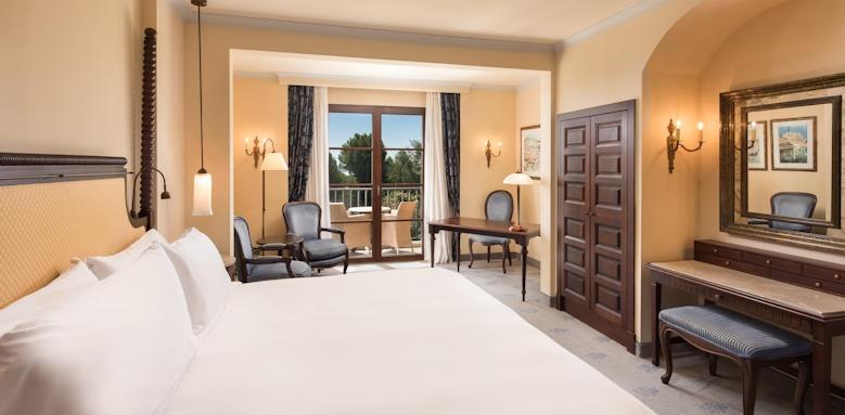 Castillo Hotel Son Vida, Family Suite Image