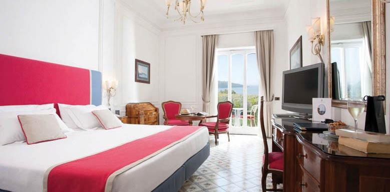 Grand Hotel Ambasciatori, twin balcony partial sea view