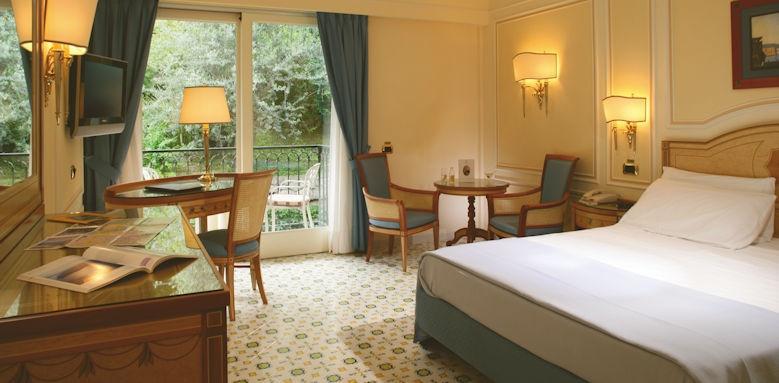 Capodimonte, room with balcony