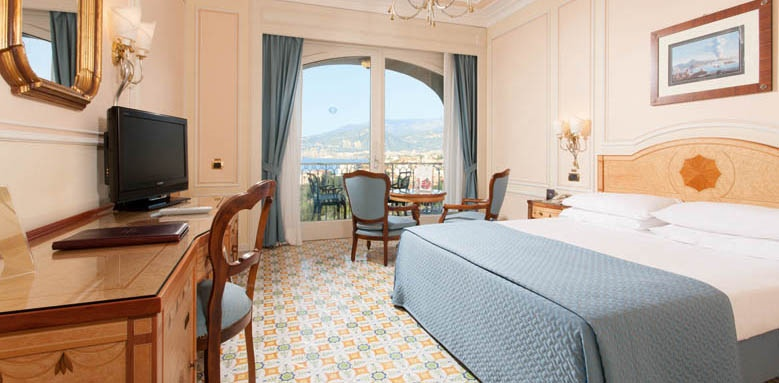 Grand Hotel Capodimonte, partial sea view room with balcony