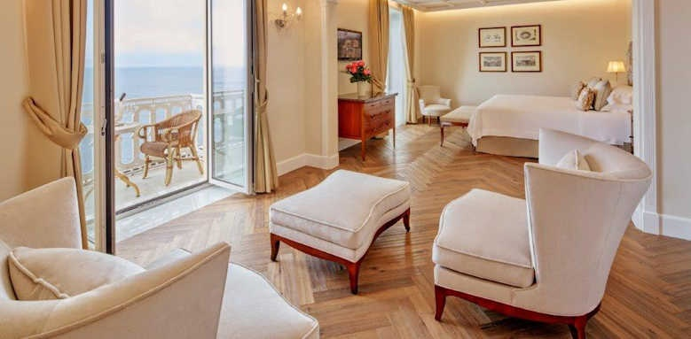 Grand Hotel Excelsior Vittoria, deluxe suite with sea view