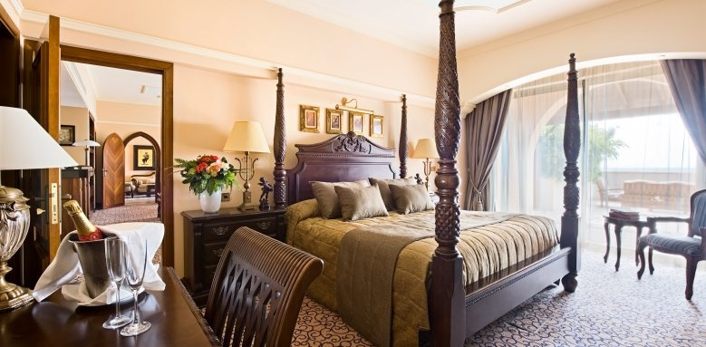 Elysium, royal suite bedroom