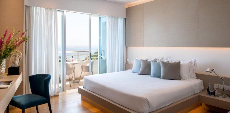 Mediterranean Beach Hotel, Areti Suite Bedroom