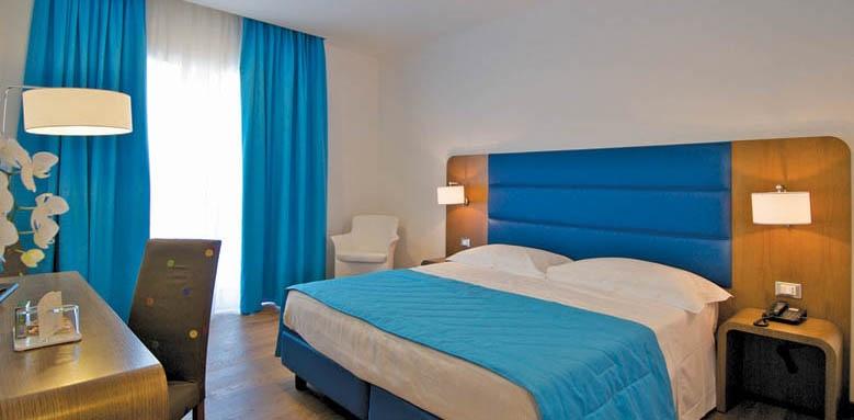 Hotel Plaza, comfort room