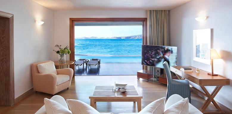 Grand Resort Lagonissi, sunset suite