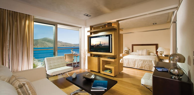 Grand Resort Lagonissi, penthouse suite
