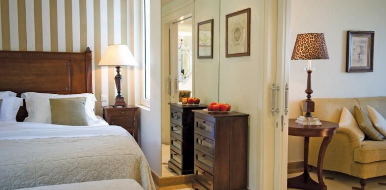Elounda Gulf Villas & Suites, deluxe senior suite