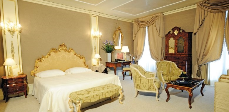 Ca' Sagredo Hotel, Grand Canal Suite