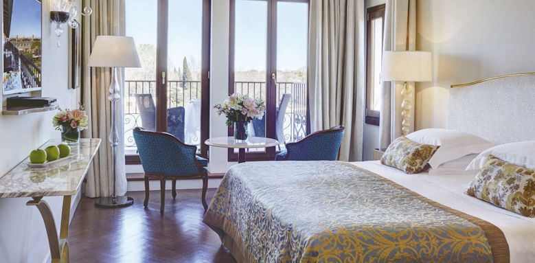 belmond hotel cipriani, double lagoon with balcony