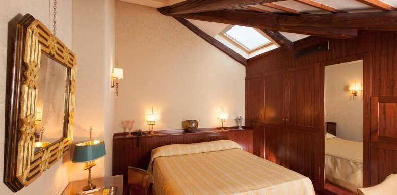 Palazzo Stern Hotel, Standard Room