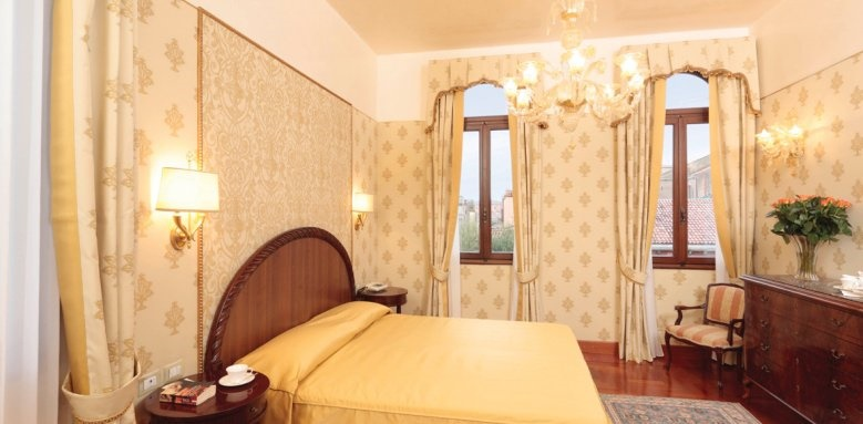 Palazzo Stern Hotel, Deluxe