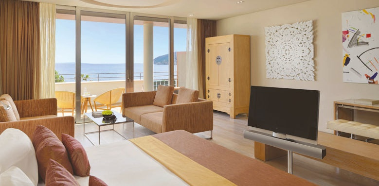 aguas de ibiza, cloud 9 suite