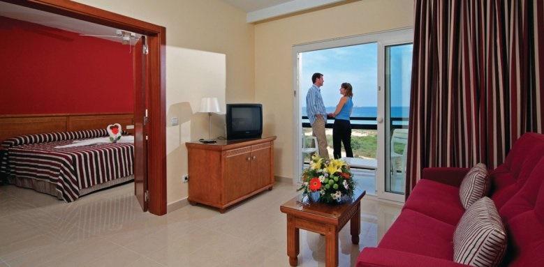 Grand Palladium Palace Ibiza Resort & Spa, junior suite