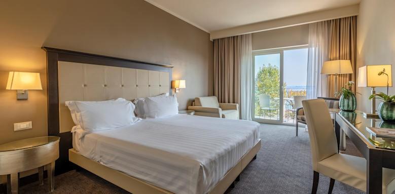 Villarosa Hotel, Junior Suite