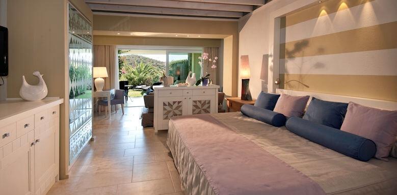 Chia Laguna, garden junior suite