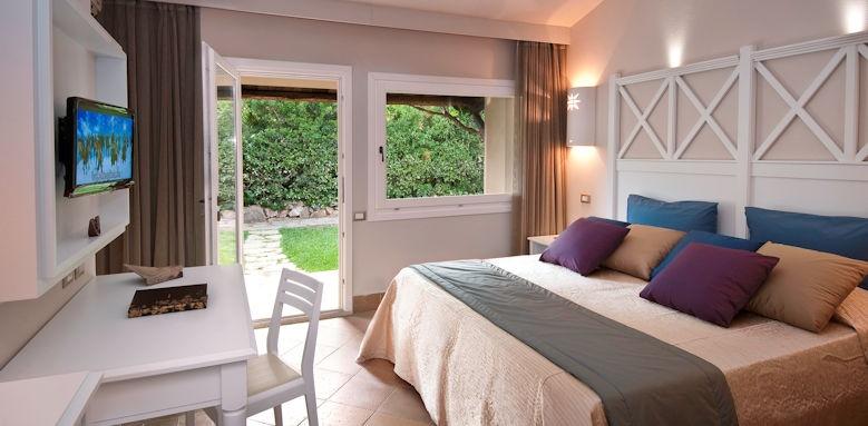Hotel village, cottage garden