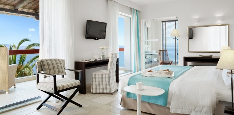 eagles palace, junior suite sea view with jacuzzi