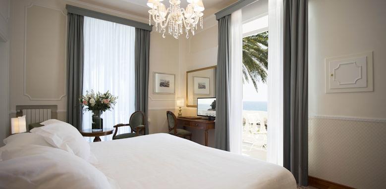 Grand Hotel Miramare, classic suite bedroom