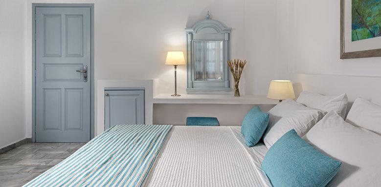 Santorini Kastelli Resort, junior suite